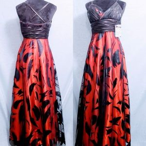 Aspeed USA evening/prom gown Size S💖😍